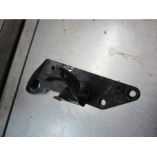 05F130 LIFT BRACKET 2007 VOLVO S40 2.5