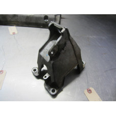 15K002 Motor Mount Bracket 2006 Suzuki Grand Vitara 2.7